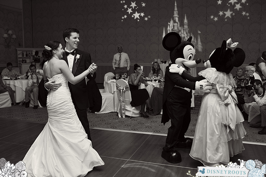 Mickey and Minnie Wedding Guests